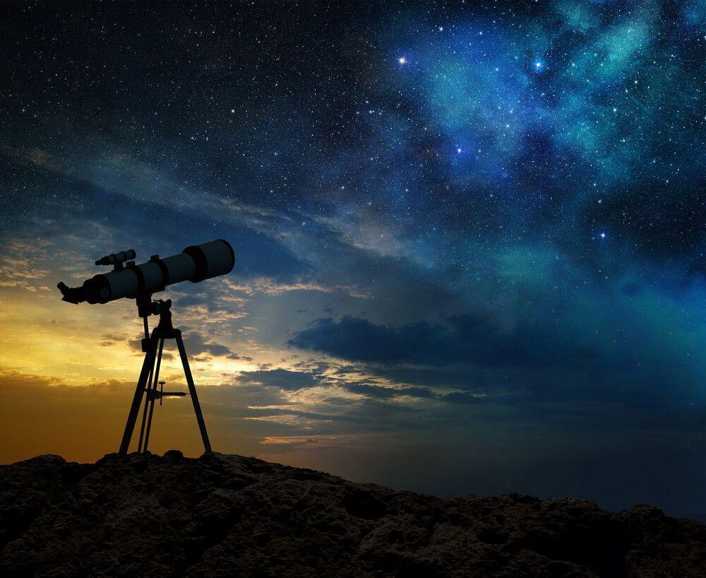 Observación astronómica: Cielo profundo, La Luna, reconocimiento de constelaciones, orientación…