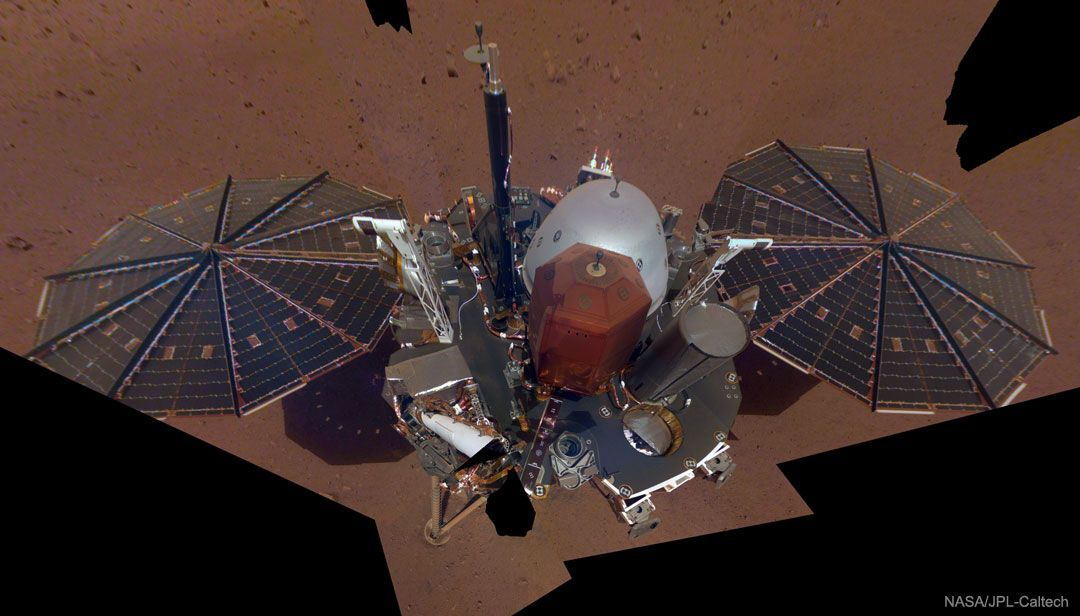InSight Lander toma Selfie en Marte