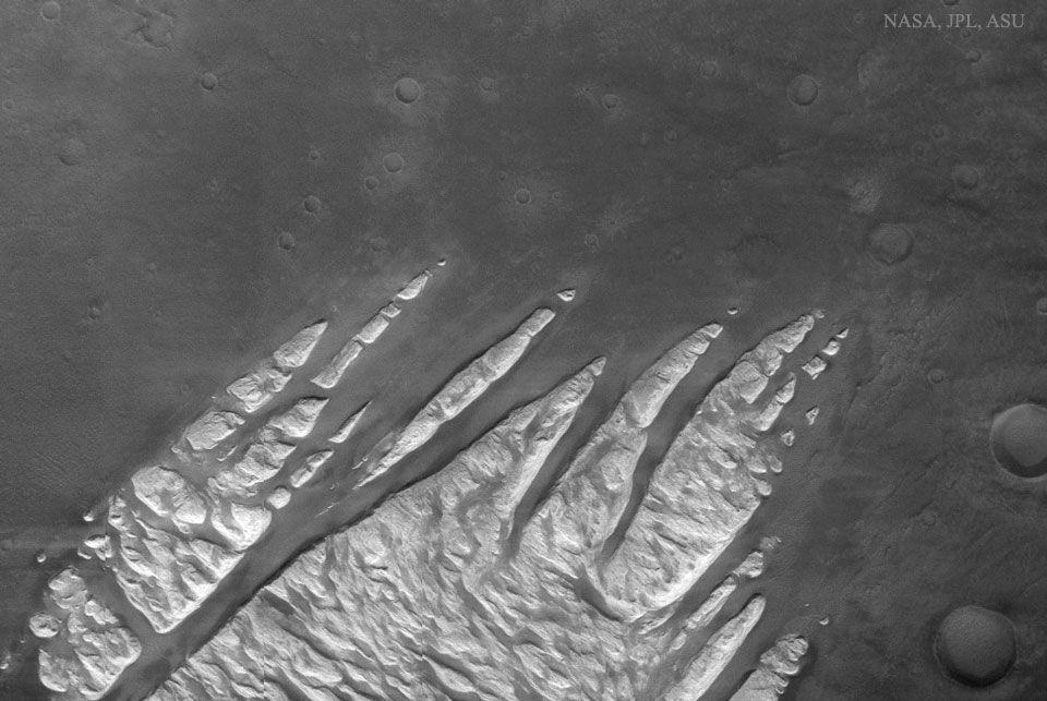 Dedos de roca en Marte