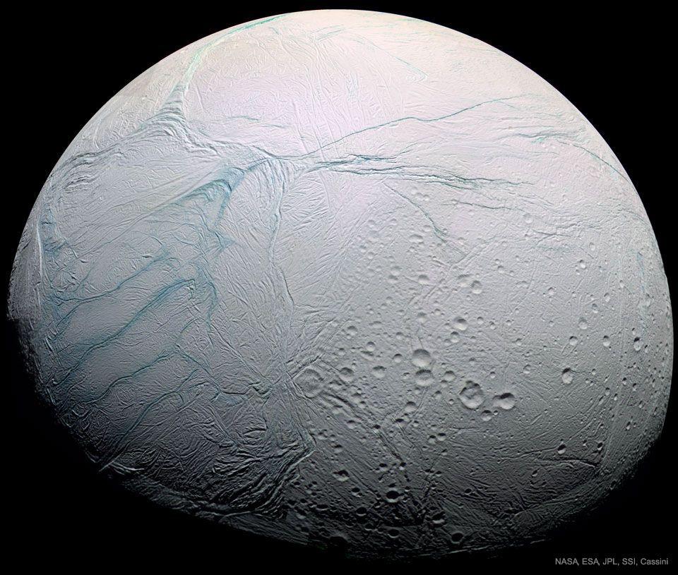 Franjas de tigre en la Luna Encélado de Saturno