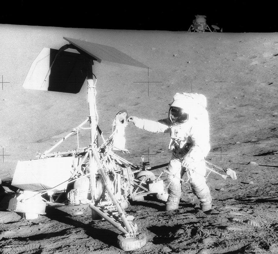 """Aventuras en la Luna: La misión """"Apolo 12"""" y la sonda """"Surveyor 3"""""""